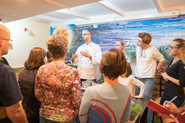 Gluténmentes nyers vegán menzareform a Debreceni Egyetem menzáin